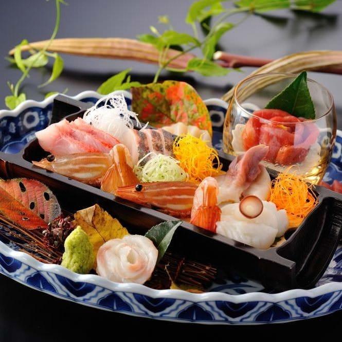 三陸の新鮮魚介を目で、舌で味わう。