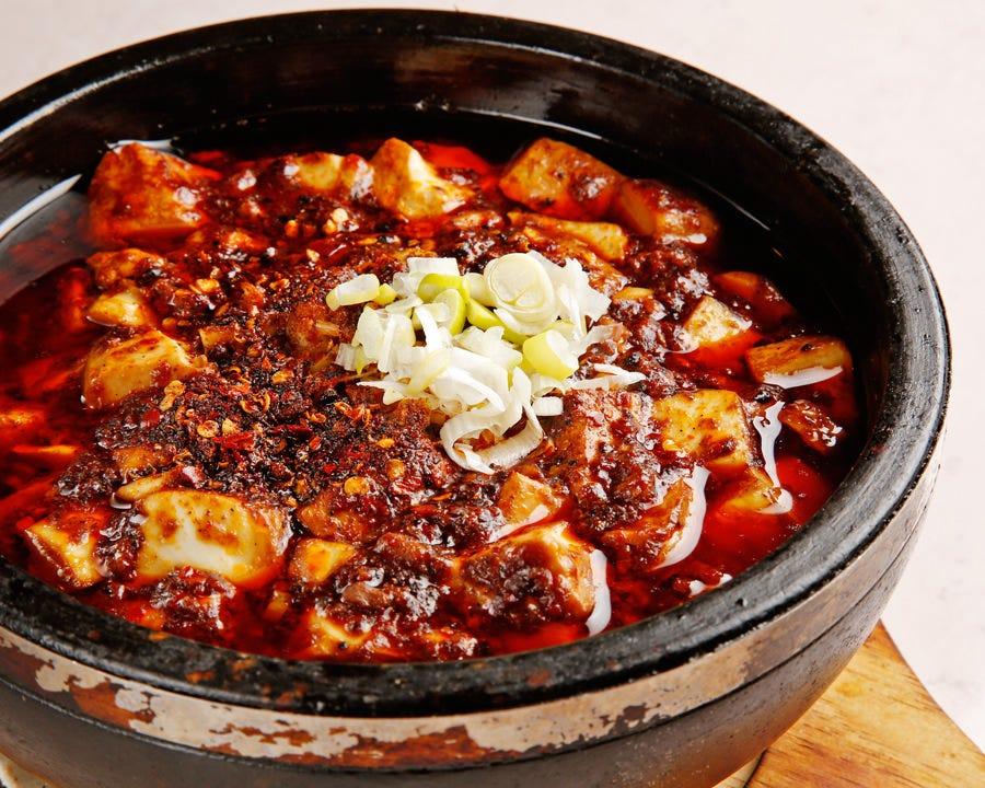 永福楼名物料理「石鍋麻婆豆腐」
