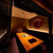 プライベート空間の完全個室で接待