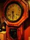 かつべーを長年見守る柱時計。