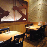 少人数での飲み会に最適なテーブル個室は6名様~8名様迄可能。