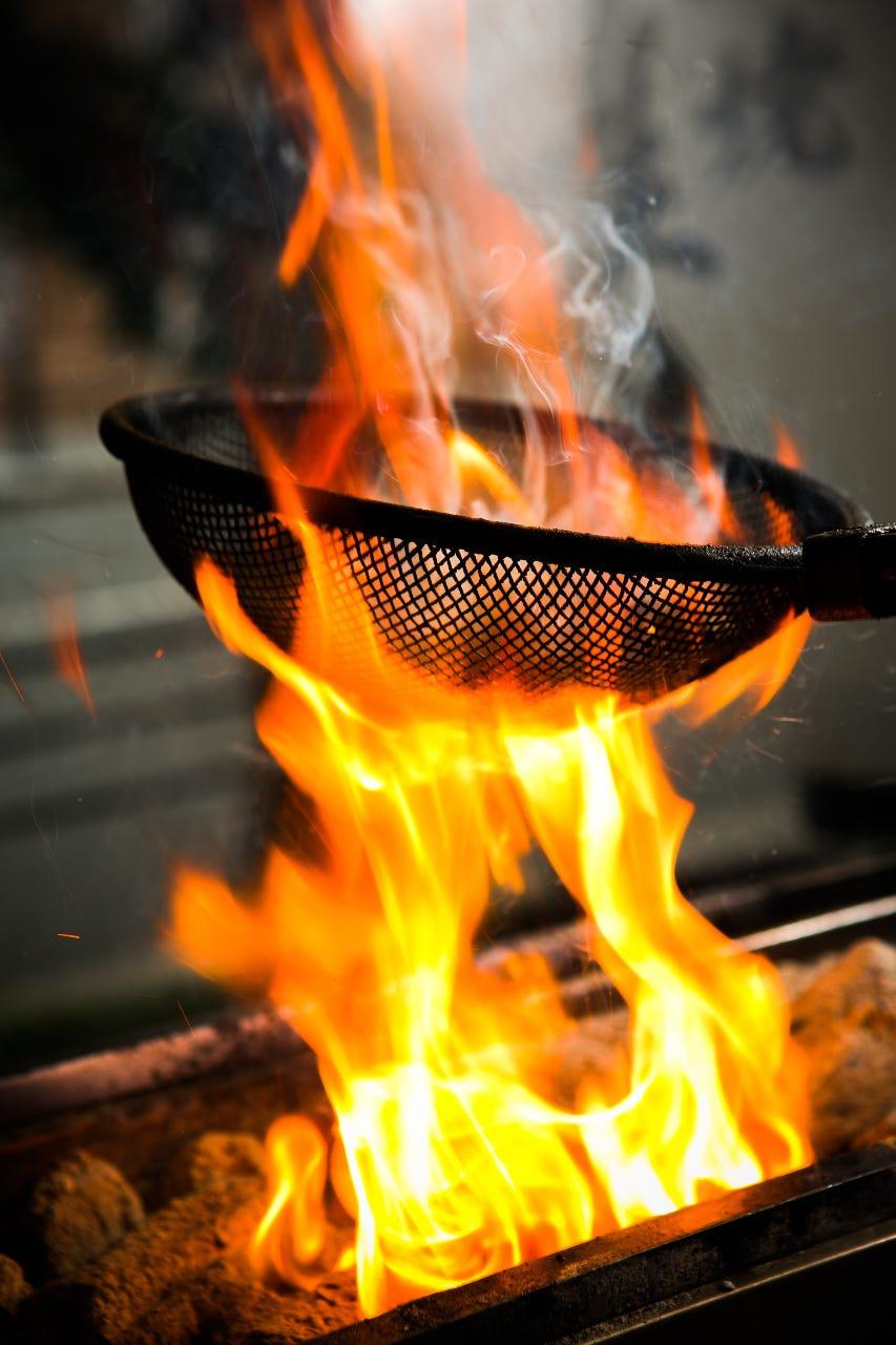 厳選素材の炭焼き