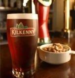 キルケニーというビールもございます 女性の方にも人気ですよ