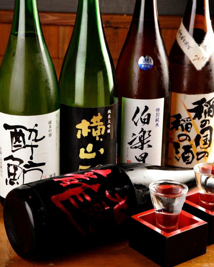 種類豊富な日本酒の数々…