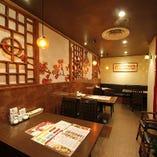 中華風の上品な空間。 幅広い世代の方にご利用頂いております。