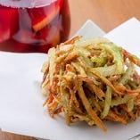 沖縄の風を感じられる、地元食材を使ったお料理に出会えます♪