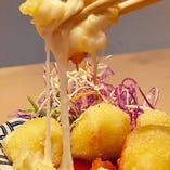 チーズがのびーるポテトコロッケ「ポテコロ」