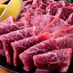 【3】定番3種盛り~焼肉では外せない、カルビ・ハラミ・ロース、すべて上物~