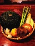 毎日市場から直送!新鮮な野菜類!