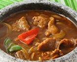 鉄板牛肉焼きのスープ石鍋盛り