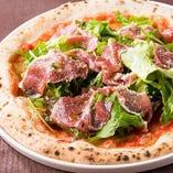 石釜で焼く本格ナポリピザは格別の美味しさ!