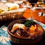 牛肉の赤ワイン煮 パン付き