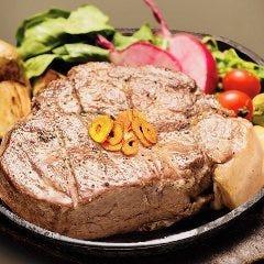 秘伝熟成肉鉄板焼きステーキ
