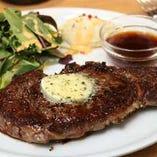 リブアイロール 赤身肉ステーキ ※肉のサイズはスタッフまで!