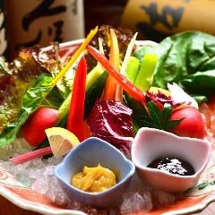旬の彩り新鮮野菜サラダ