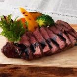 大人気!!奈良産牛のステーキ