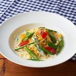 野菜たっぷり名物奈良パスタ クリームソース