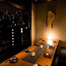 夜景が見える完全個室でご案内