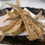 魚の骨のカリカリせんべい