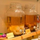 【3階】山の果実酒も呑み放題。瀬戸田レモンやかりん、プルーンの王様など