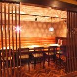 テーブル席での10名個室です♪※格子戸で仕切られている個室です。