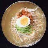 江南特製冷麺