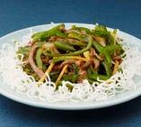 青椒炒牛肉-牛肉とピーマンの炒め