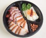 -焼味拼辣白菜-同發名物焼き物と白菜の甘酢漬け <2~4名様用>