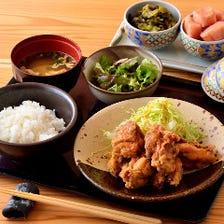 ランチは明太子・高菜をお好きなだけ