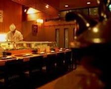 気おくれしない寿司屋
