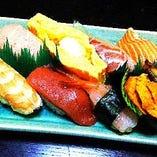 自慢のお寿司をお楽しみください!