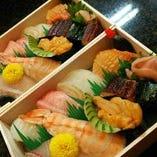 お寿司はお持ち帰りも可能です♪