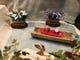 桜の花筏、菖蒲の中を沢下り… 春のウインドウ変わりました!