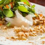 ハーブとナッツたっぷり 鯛のオリエンタルカルパッチョ