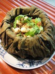 古都フエの伝統の味 『コムセン』