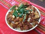 柔らか煮豚と高菜の甘辛炒めご飯