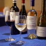 スウェーデン料理はワインとの相性も抜群。お好きな料理とのマリアージュをお愉しみください。