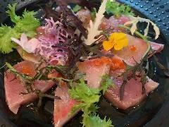 本日鮮魚のカルパッチョ~神経〆の鮮魚や能登漁師さん、各産地から厳選でお届け!~