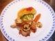 大きめのスペイン風オムレツを添えた、地鶏のオーブン焼き・・
