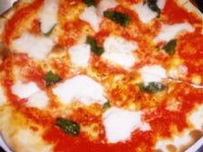 水牛のモッツァレラチーズ使用