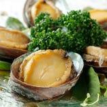 フカヒレ・鮑・オマール海老など高級食材が目白押し!!本格香港料理を堪能