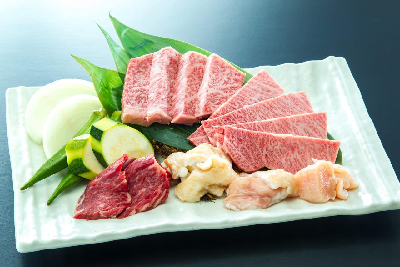 牛肉の楽しさを存分に味わっていただけるよう考えて作りました。