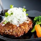 ★黒毛和牛100%★【ハンバーグステーキ ランチ《和風》】 前菜・サラダ・ライス・スープ・デザート付