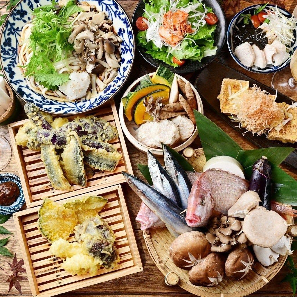KITSUNE自慢の宴会コースは飲み放題付き3,000円〜ご用意!