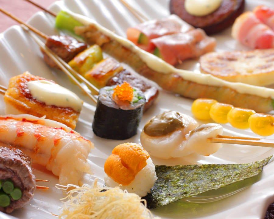 オリーブオイルで焼き上げる創作串焼きは全40種種類以上!