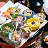 お寿司など様々な美味を少しずつ味わえる『レディースセット』
