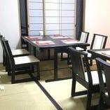 【ご友人、ご家族との集まりや法要に】個室席をご用意しております