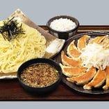 浜松餃子と濃厚つけ麺のセット