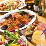 パエリアやアヒージョが 楽しめるコース料理も充実