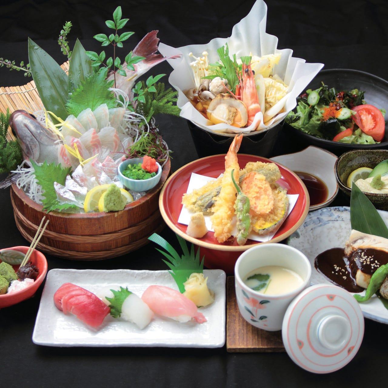 昼宴会にぴったりの土・日・祝限定ランチコースは2,000円~